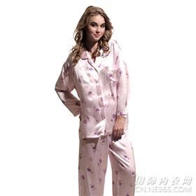 网上供应男女各式真丝睡衣